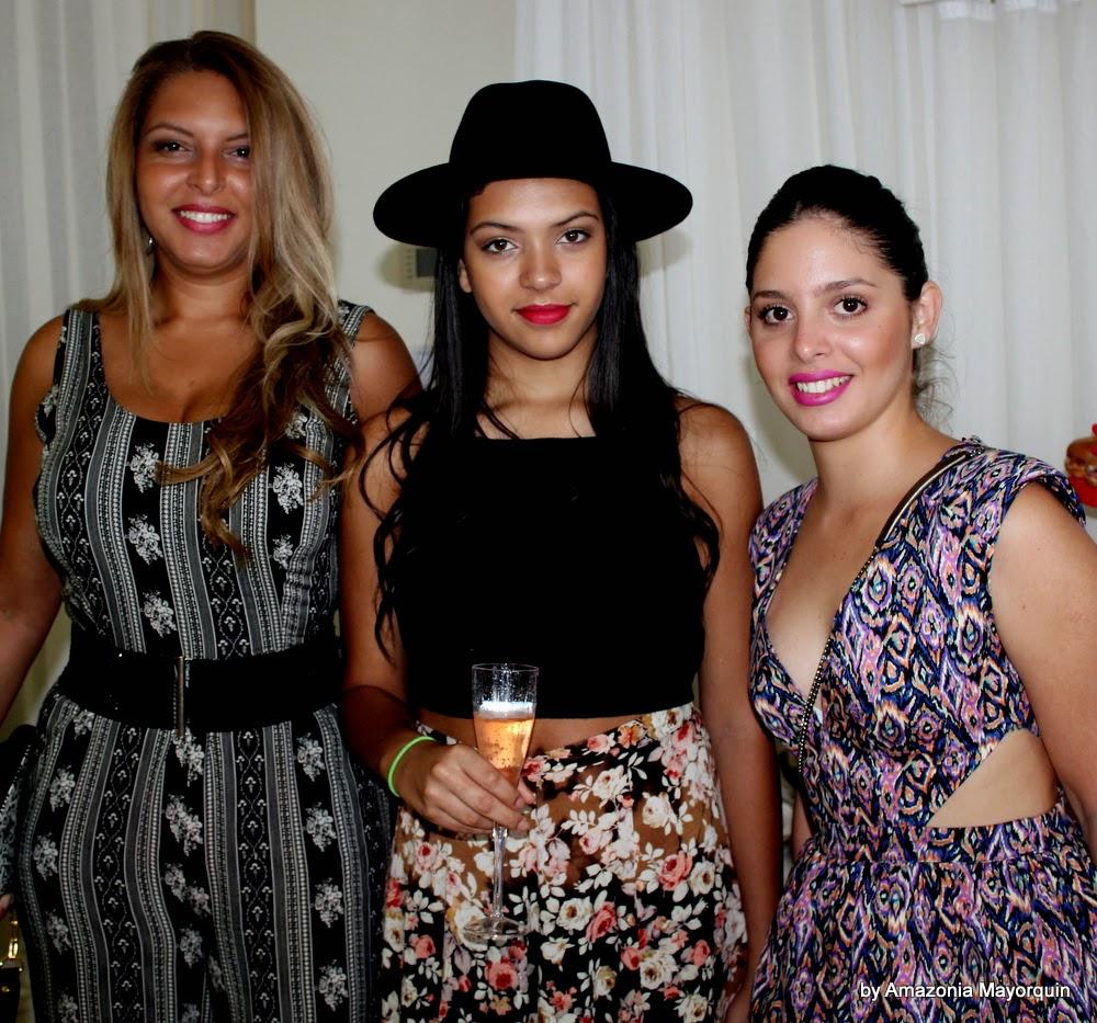 Liliana Barona, Valeria Valencia and Odett Fernandez.