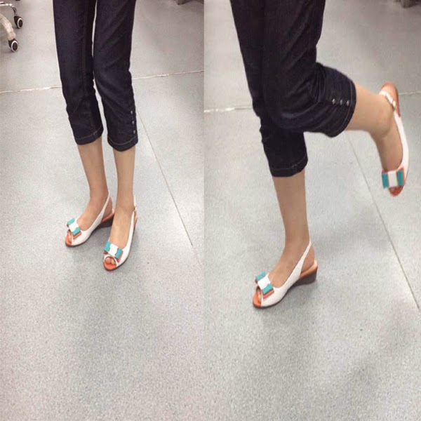 Cute Peep-Toe Shoes 2