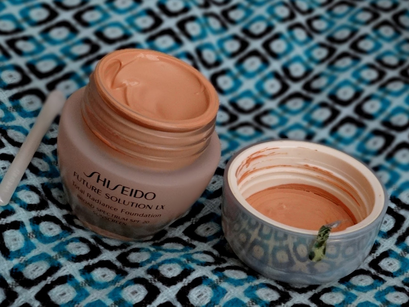 Shiseido Perfect Cleansing Oil and Future Solution LX Total Radiance Foundation O60