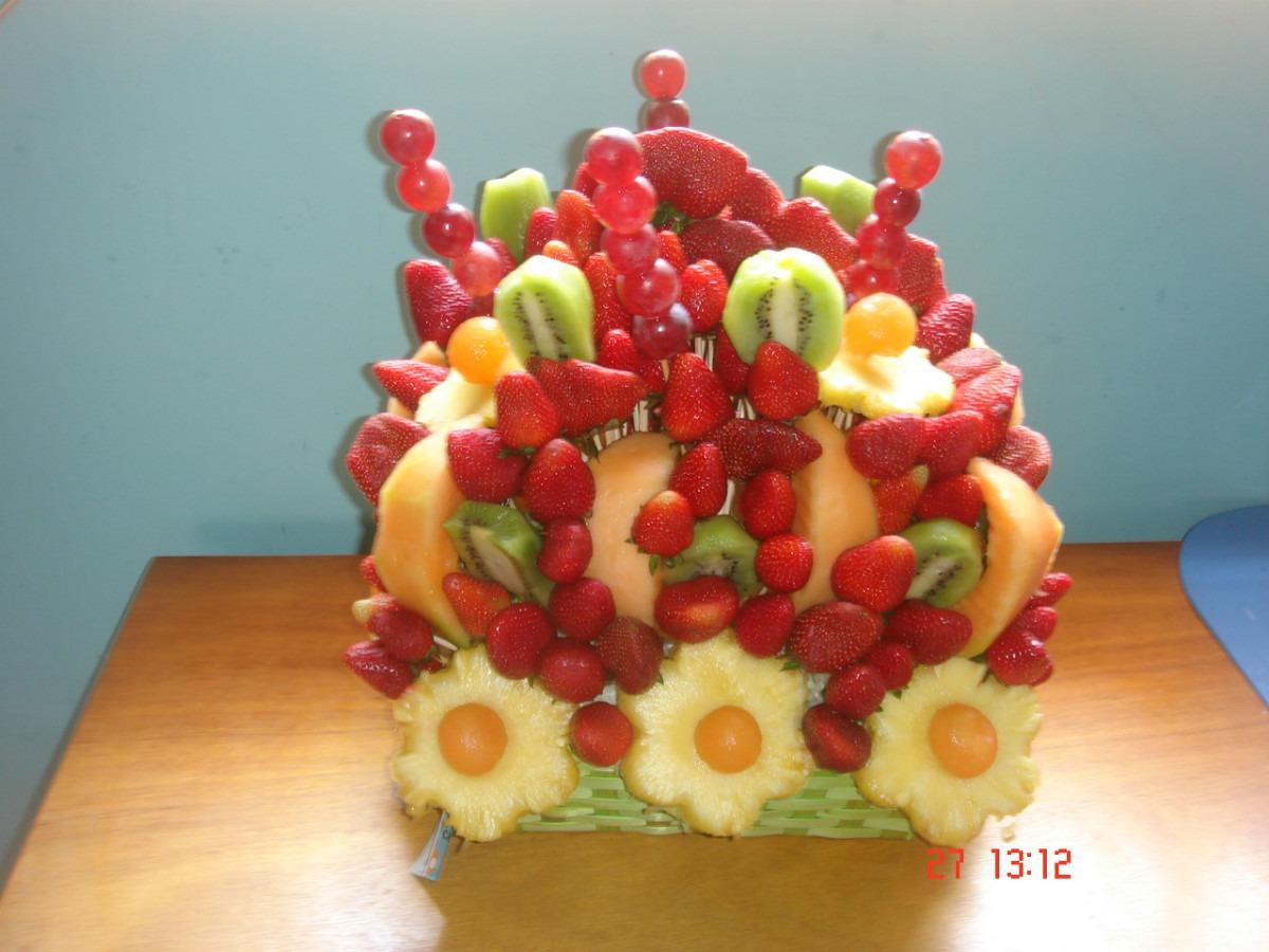 Centros de mesa frutales para bautizos parte 4 - Pinas decoradas para centro de mesa ...