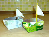 http://applegreencottage.blogspot.com/2015/06/how-to-make-boats-for-kids-recycled-materials.html