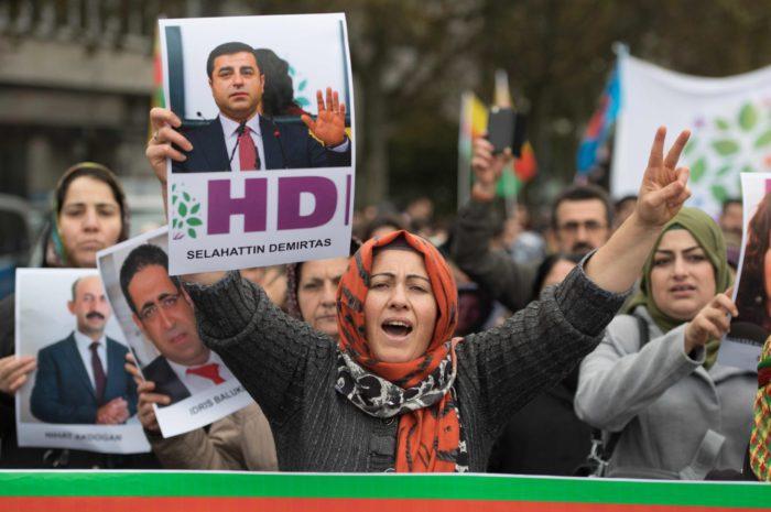 Libertad a Demirtas, Ocalan y a todos/as los/as presos/as políticos kurdos/as