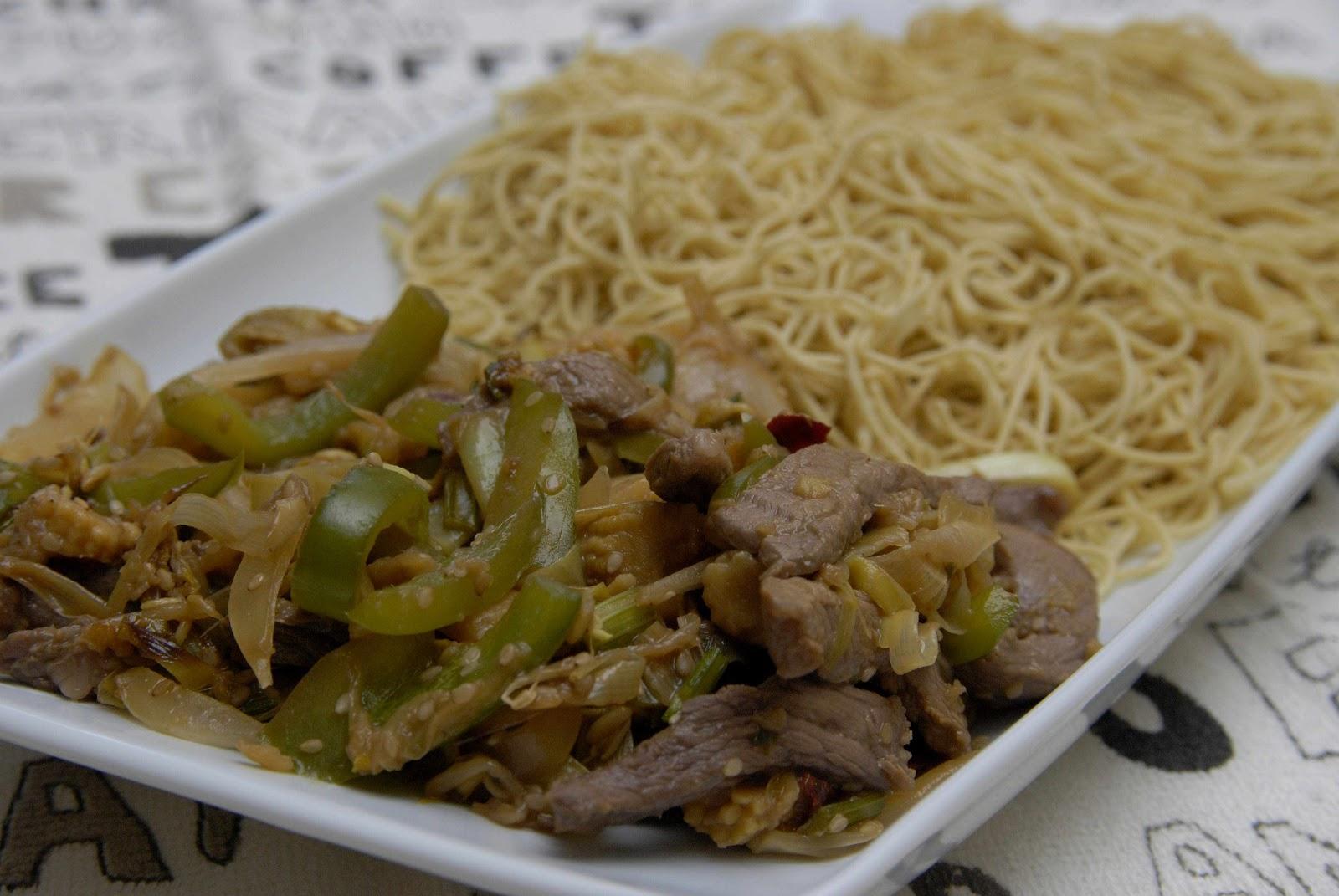 Ternera con jengibre y brotes de bamb patricietas for Cocinar wok en casa
