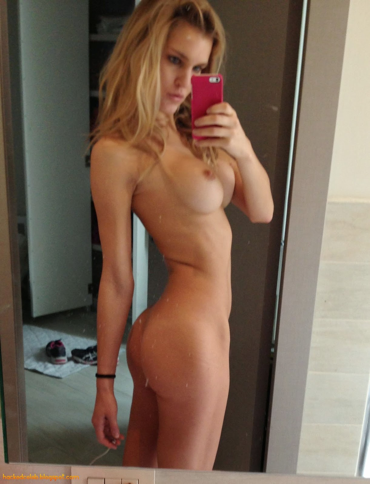 Celebrity naked picyures