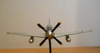 maqueta estática en miniatura Italeri 1:100 P-51 Mustang