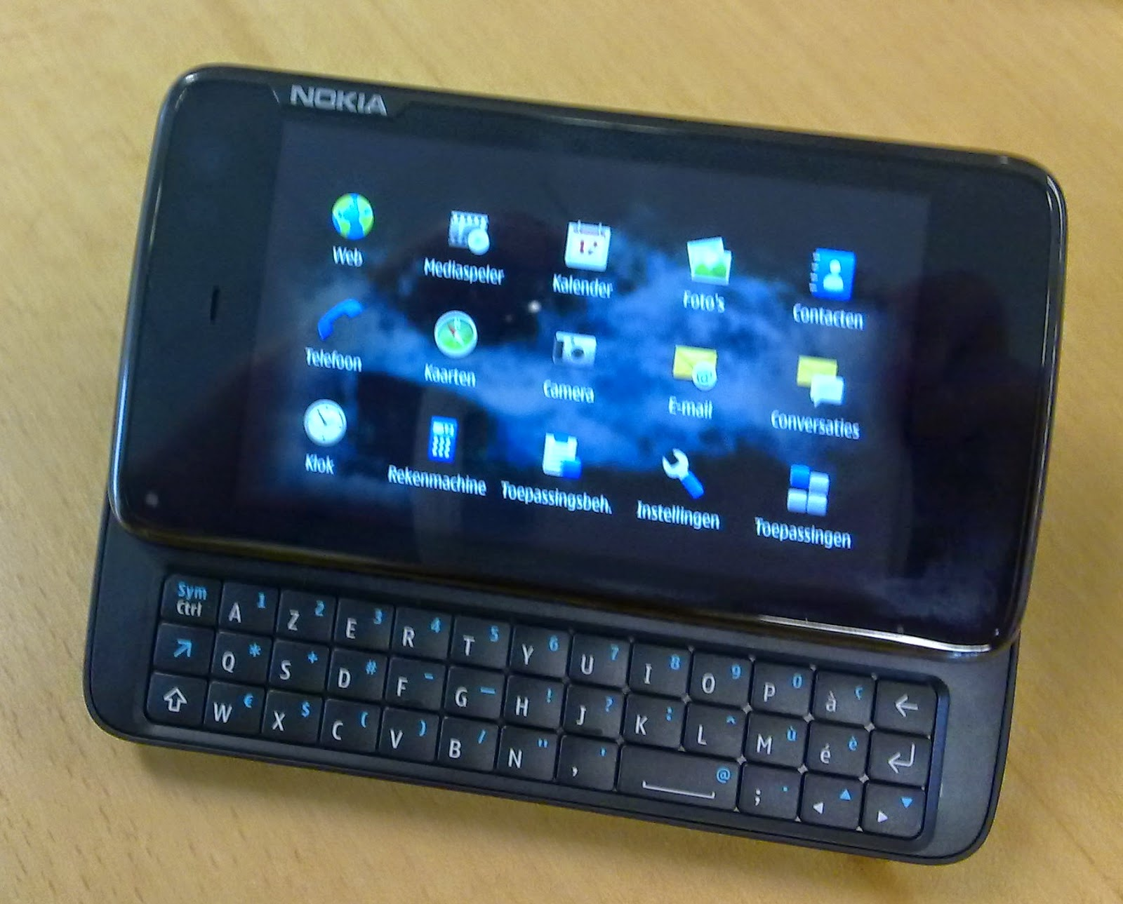How to Install Android Gingerbread Nitdroid on Nokia N900 ...