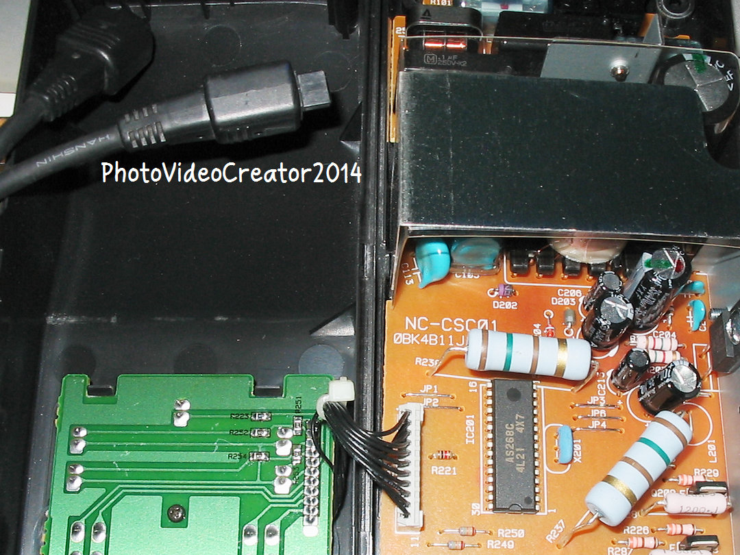 Canon NC-E2打開看仔細