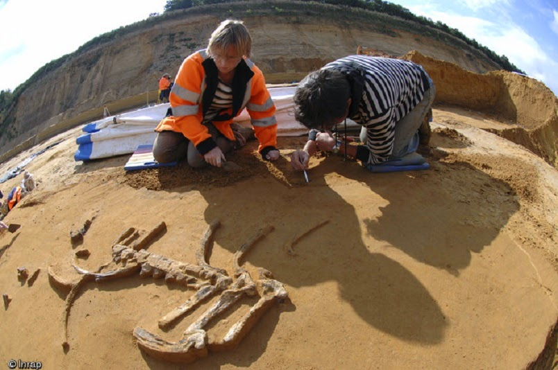 More on 200,000 year old Neanderthal remains found in Normandy