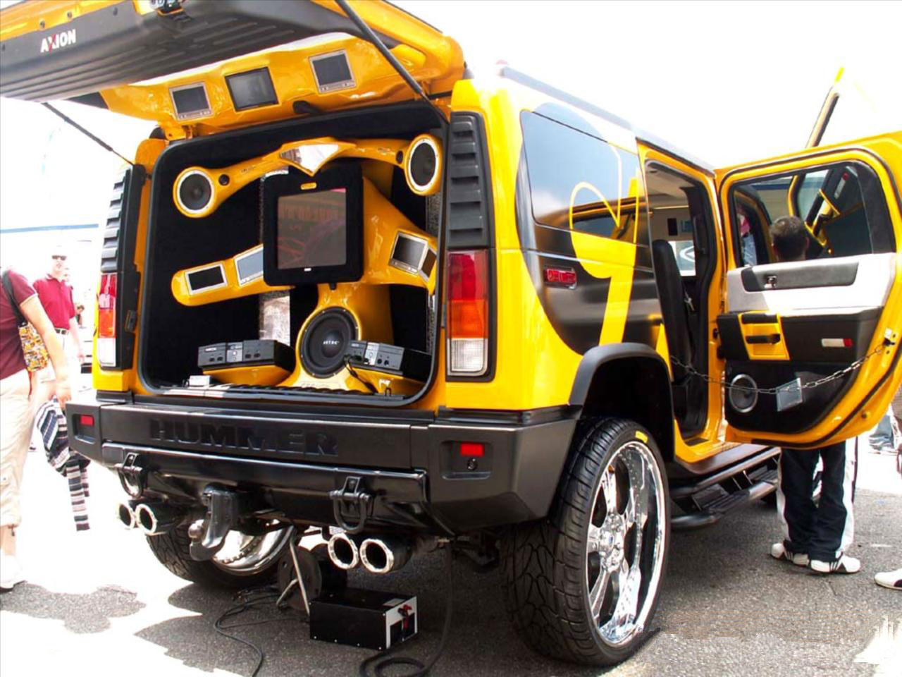 hummer tuning auto immagini. Black Bedroom Furniture Sets. Home Design Ideas
