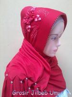 jilbab arzeti bunga samping