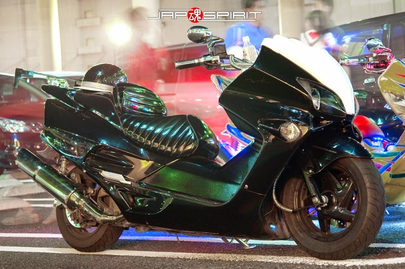 Modifikasi Honda Forza Green Metalic