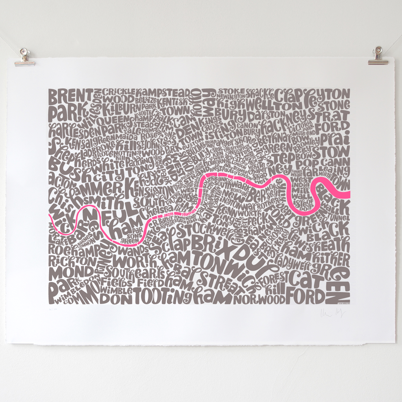 http://1.bp.blogspot.com/-q6kvUy8QCQI/UMMqZOsNoPI/AAAAAAAAAzs/QhHfQ4iV5a8/s1600/055+London+Map+Gray-Pink_01_03.jpg