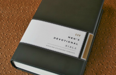 Review of Crossway's ESV Men's Devotional Bible.