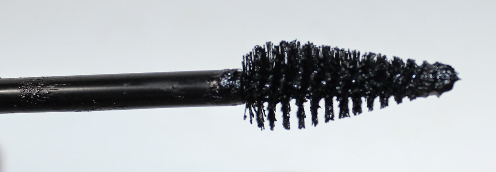 MAKE UP FOR EVER Aqua Smoky Extravagant Waterproof Mascara Wand