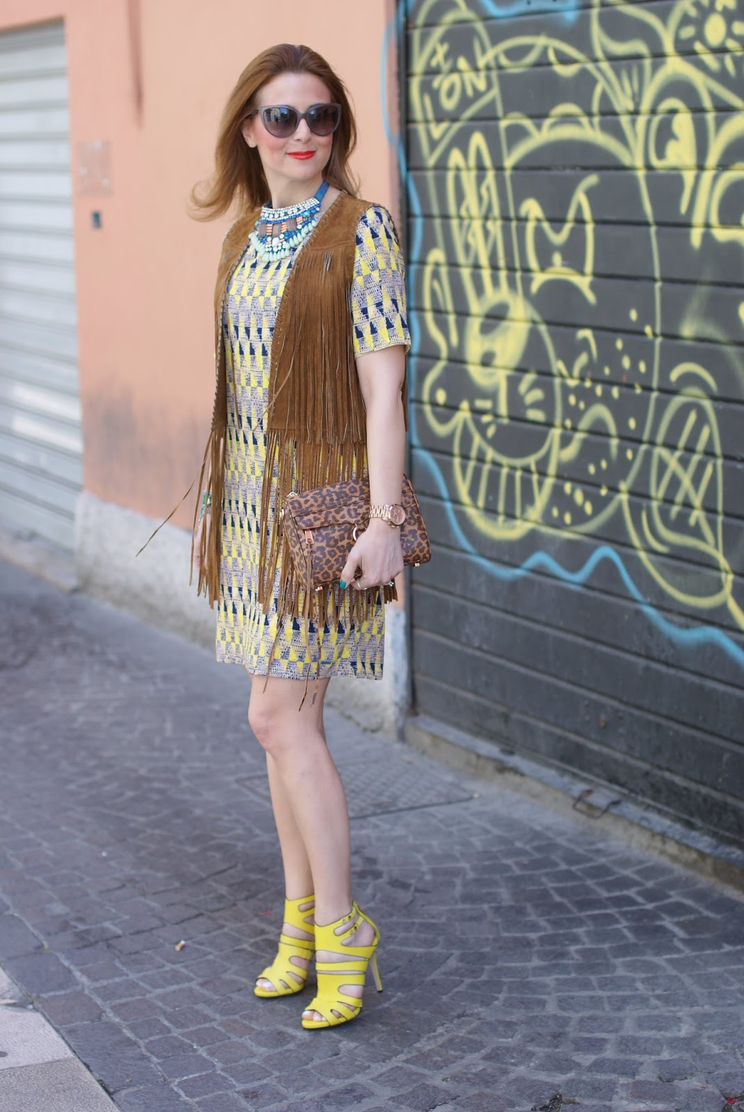 Zara fringe vest, Paramita Chibum dress, yellow trend, Le Silla caged sandals on Fashion and Cookies fashion blog, fashion blogger style