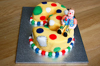 Number 3 cake with Mr Tumble character