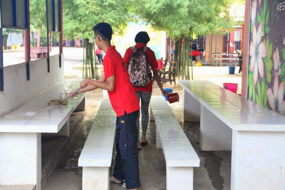 Leo Club Of Smk Air Putih School Cleaning Project