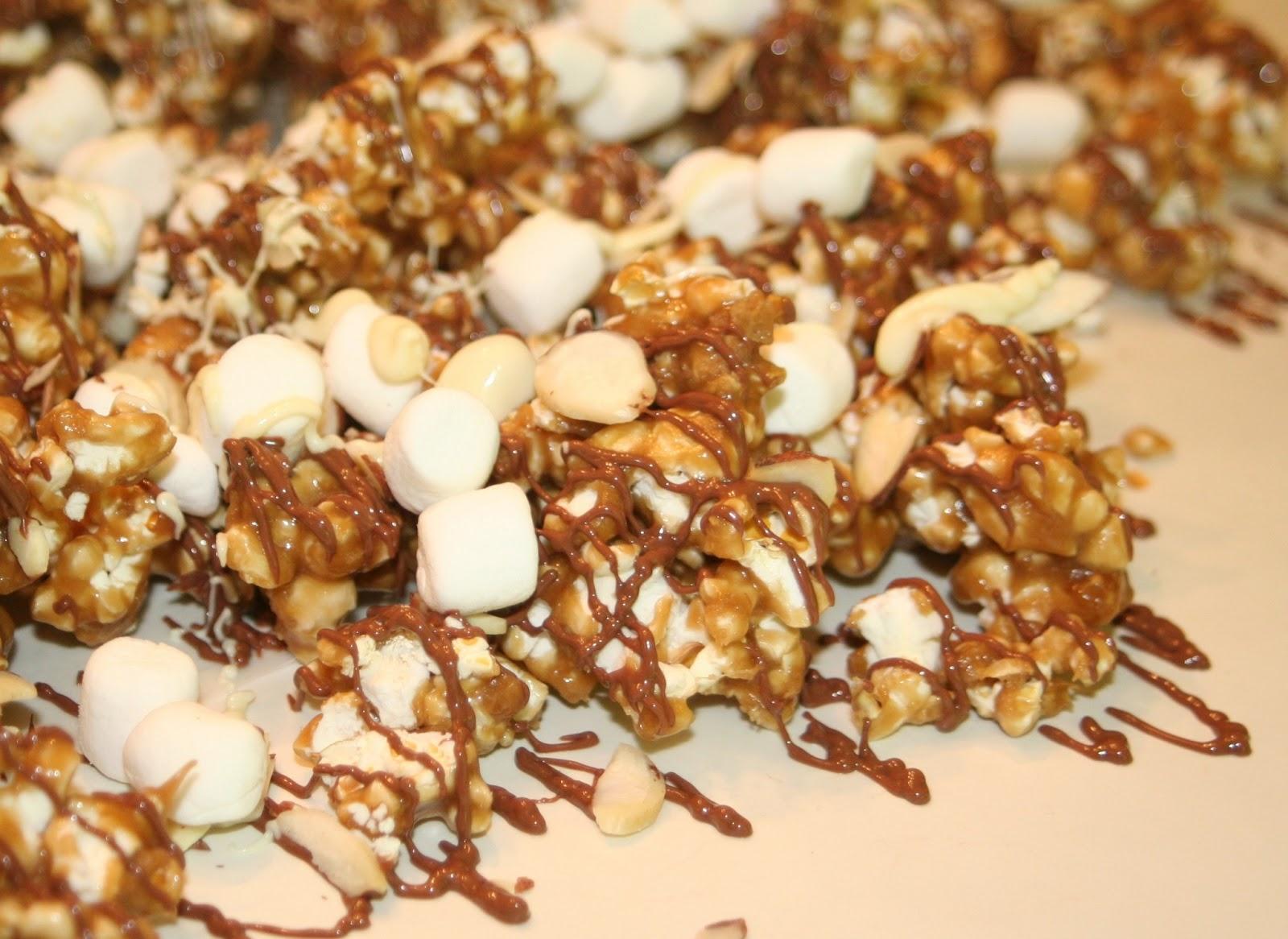 Cooking in Kirkland: Chocolate Caramel Corn