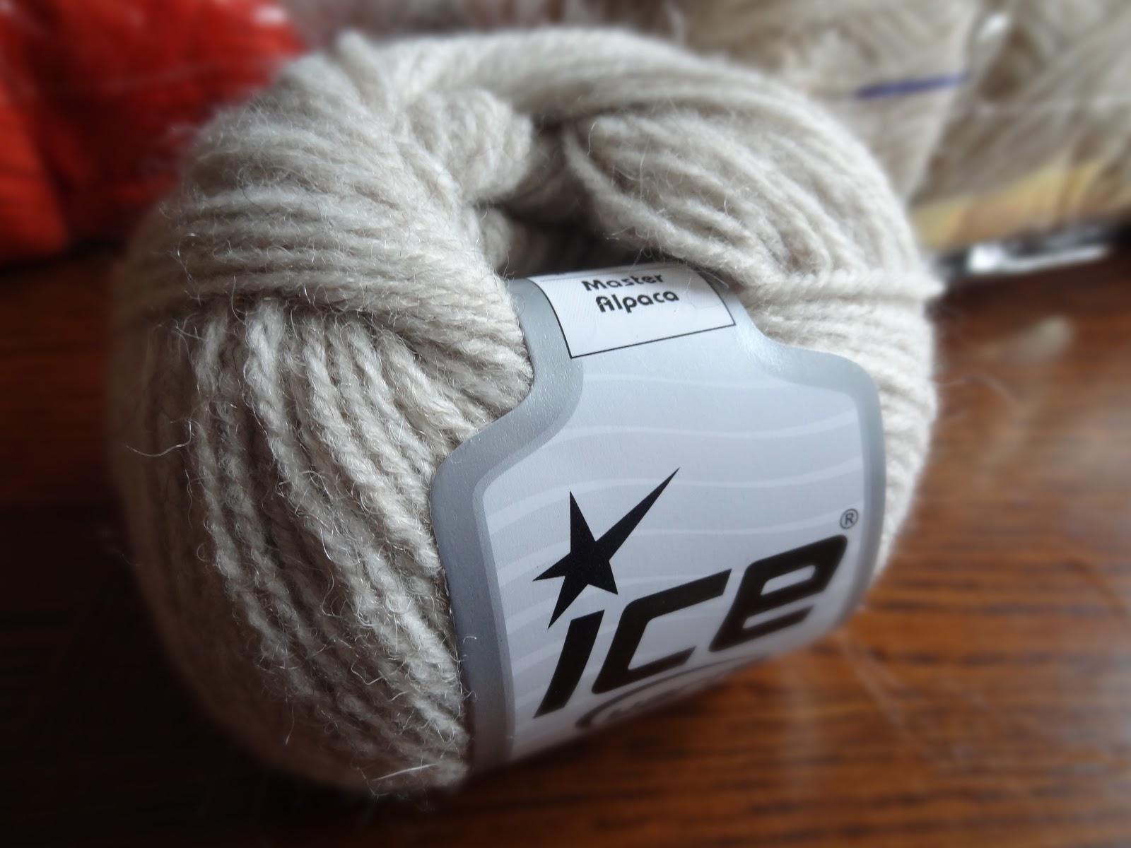 Hot pocket of delight spread the love of knitting 06 2012 - Laine pas chere en ligne ...