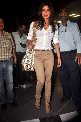 Priyanka Chopra Spotted at Airport