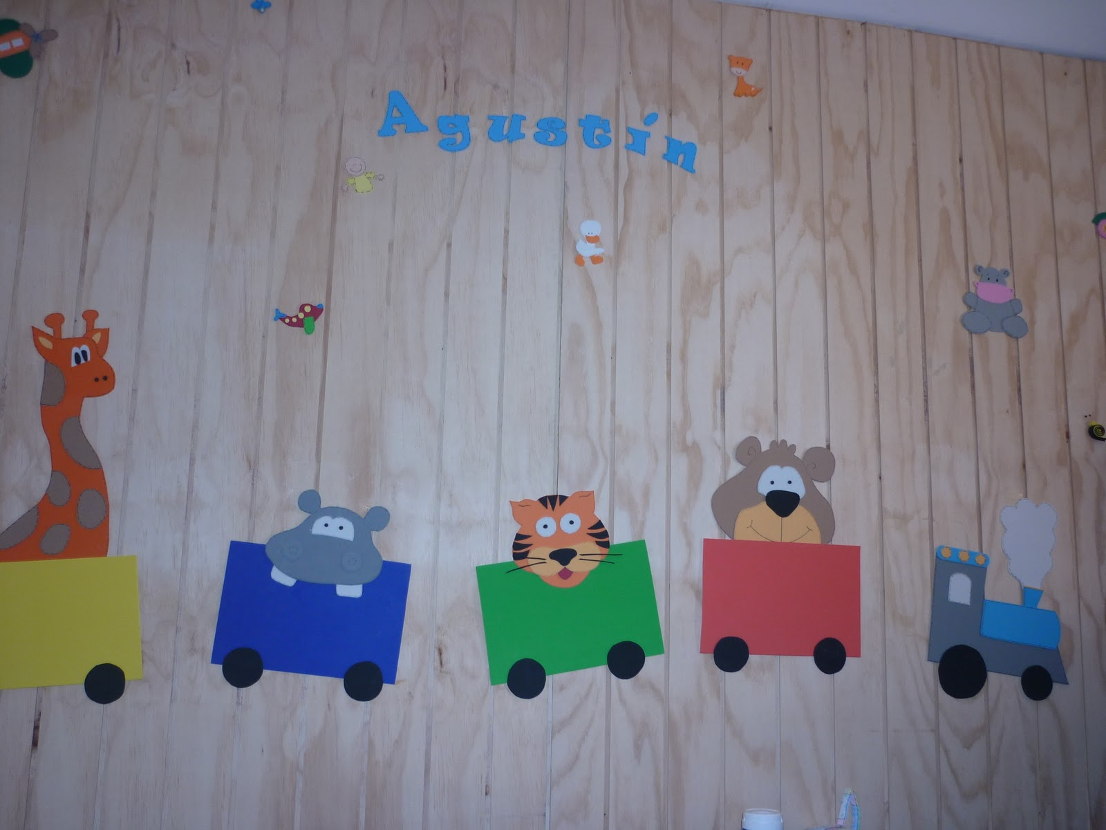 Decoraciones infantiles figuras en goma eva for Decoraciones infantiles