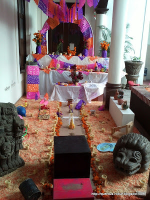 Altares de muertos en la Casa de la Cultura de Tlajomulco - 2012