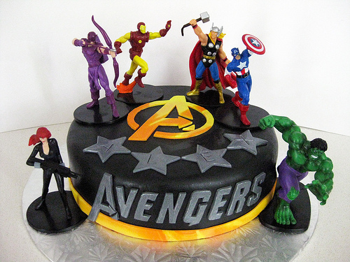 LOS VENGADORES - AVENGERS - www.tortasvicky.com - YouTube