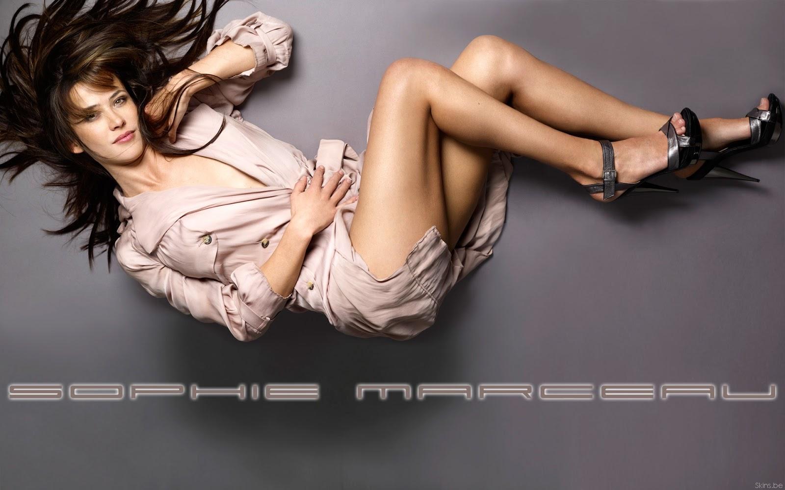http://1.bp.blogspot.com/-q8_6-kRUTC4/USZoDP-HWsI/AAAAAAAAFmo/lRPY3nCzWfo/s1600/Sophie+Marceau+5.jpg