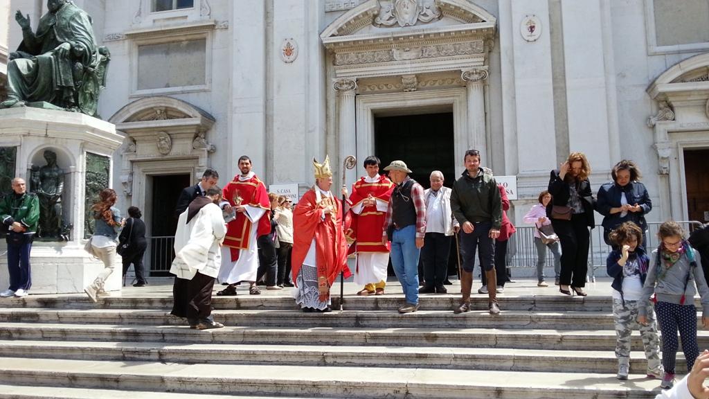 Mons. Giovanni Tonucci Vescovo di Loreto