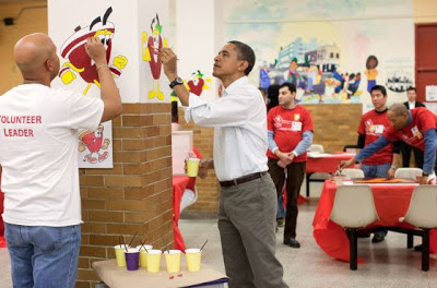 National Day of Service calls on Americans to serve others Obama joins to activities (Video Images)