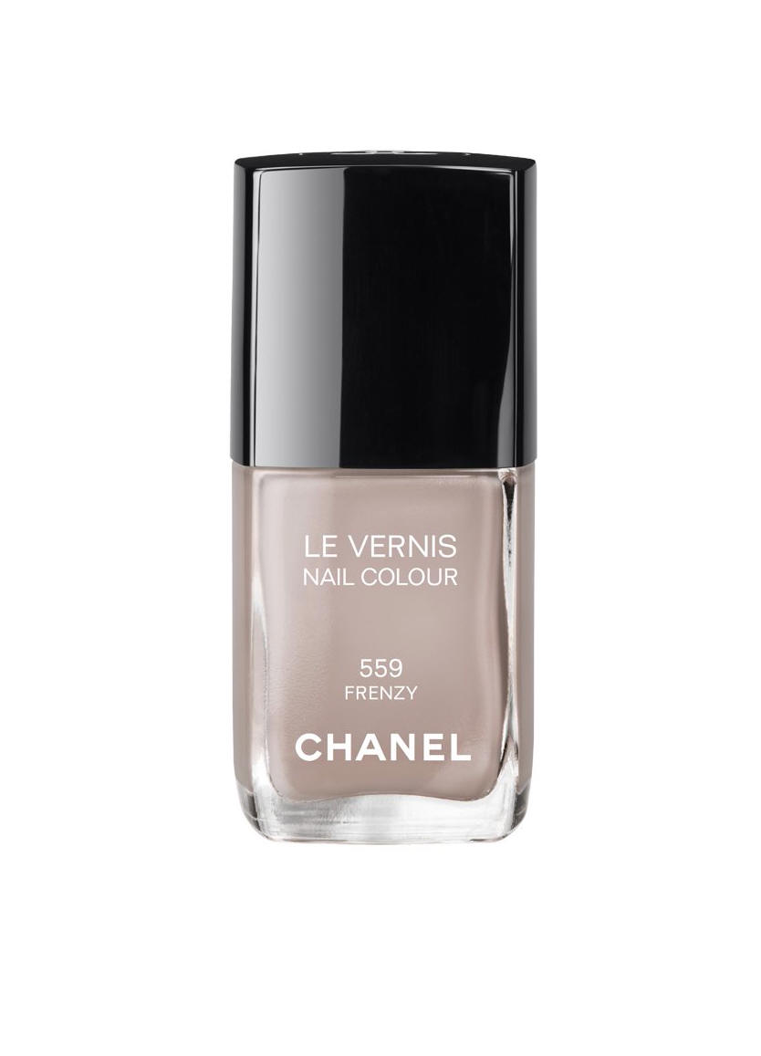 the beauty alchemist chanel fall 2012 nail lacquers frenzy suspicious and vertigo. Black Bedroom Furniture Sets. Home Design Ideas