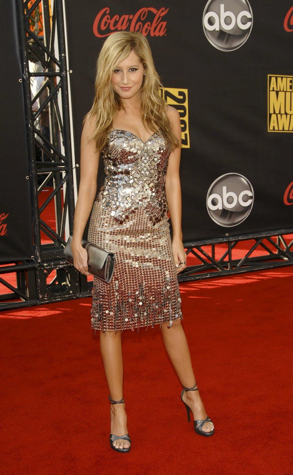 Ashley tisdale red carpet dresses - photo#18