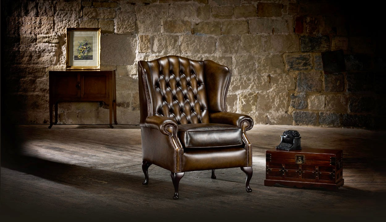 Poltrone e divani chesterfield originali inglesi collins for Divano stile inglese