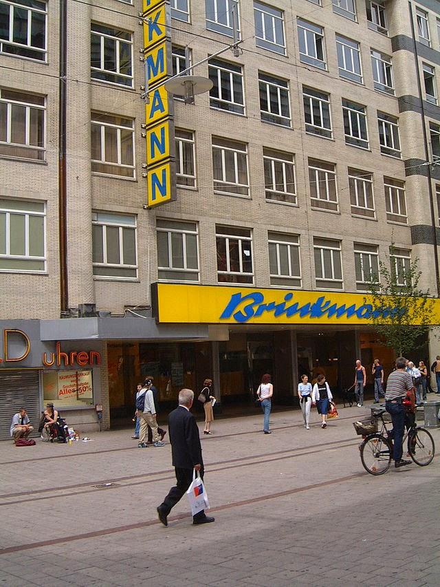 http://de.wikipedia.org/wiki/Ernst_Brinkmann_KG