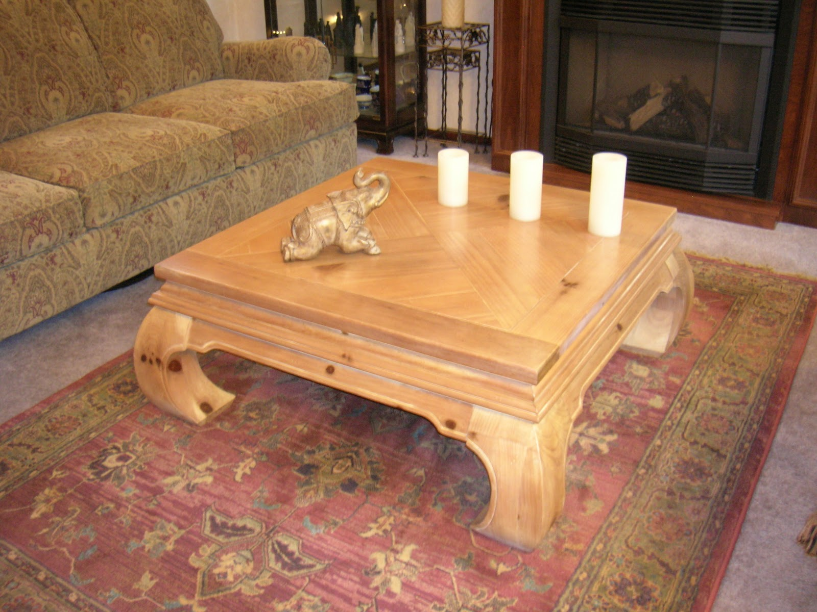 Maison Newton In Love With My Ming Style Chow Leg Coffee Table