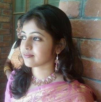 New Delhi Beautiful Girls Photo