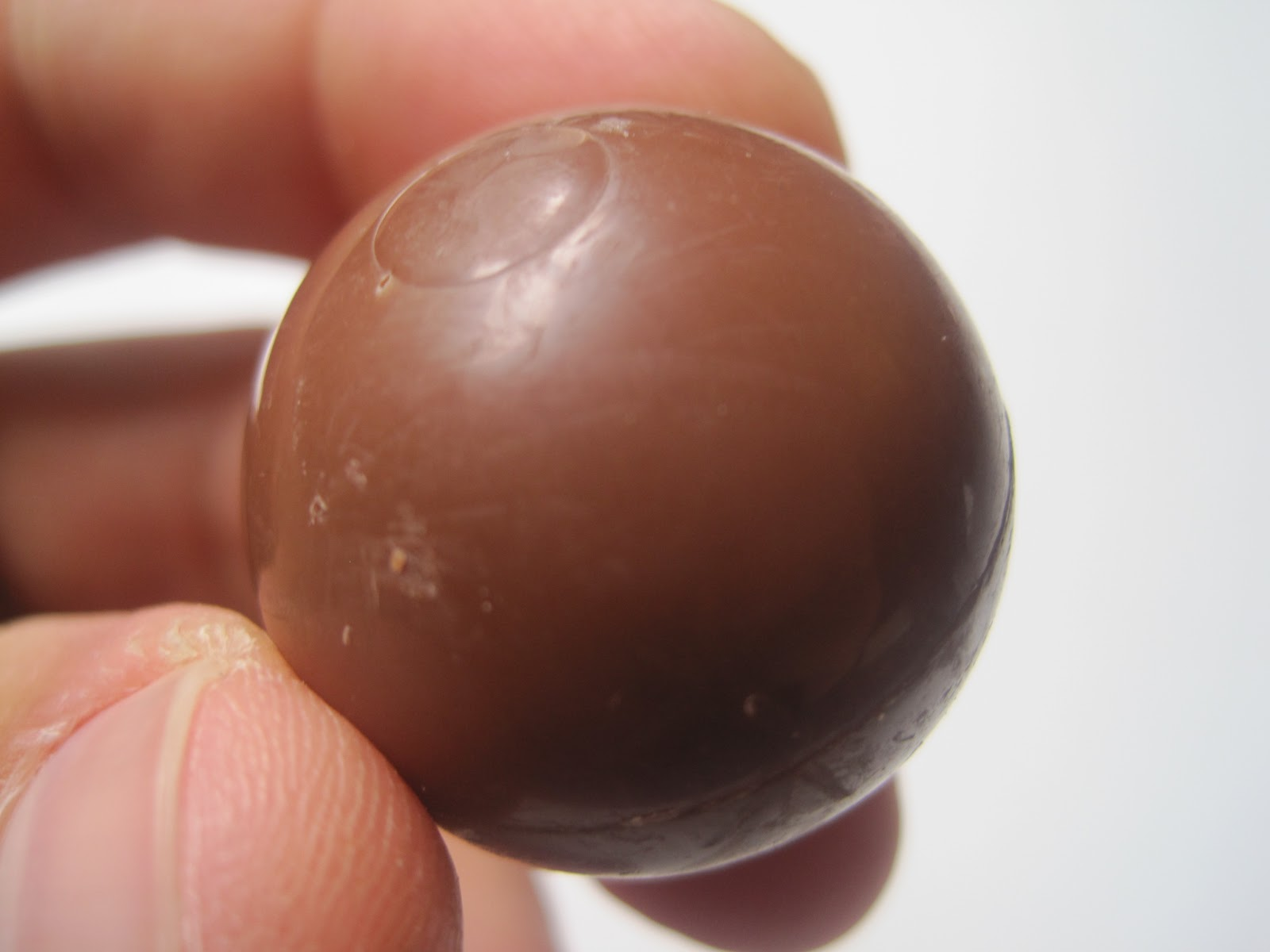 Walking The Candy Aisle: Lindor Peanut Butter Truffles review