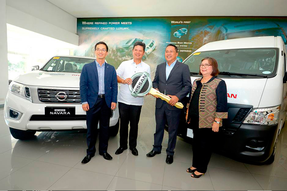 Nissan Philippines donates two vehicles to Habitat for Humanity