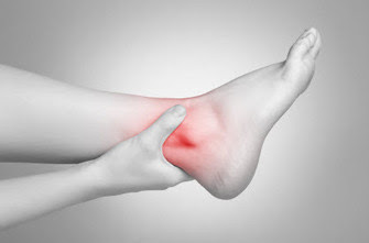 Ankle pain: causes and treatments
