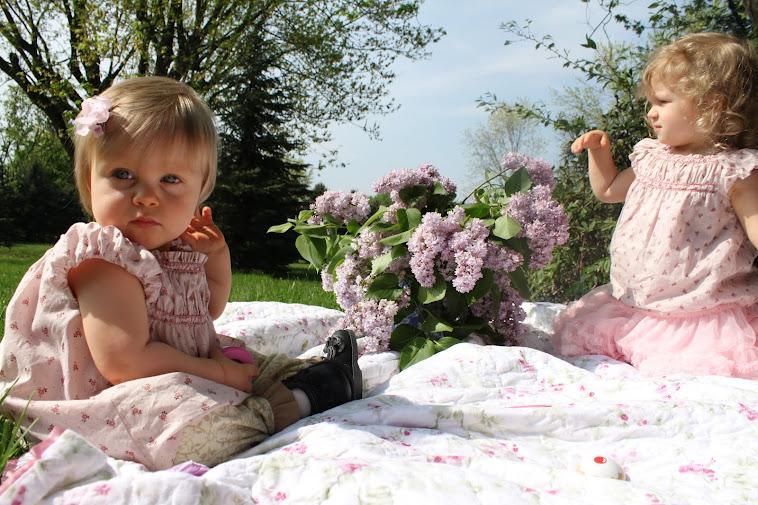 Liliana & Vera Rose with Lilacs