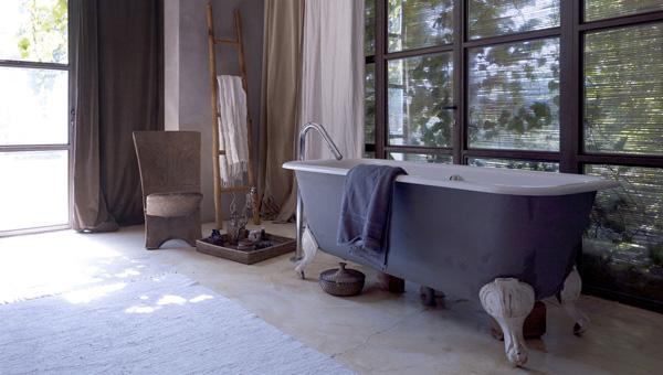 bañera de hierro forjado