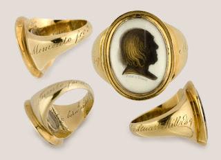memorial ring holder