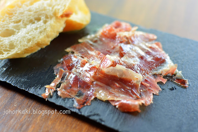 Singapore-Spanish-Restaurant-My-Little-Spanish-Place-Jamon-Bar