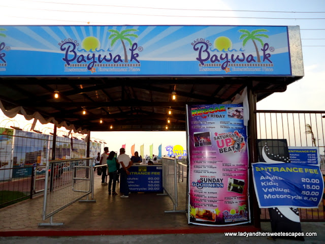 Bacolod Baywalk entrance