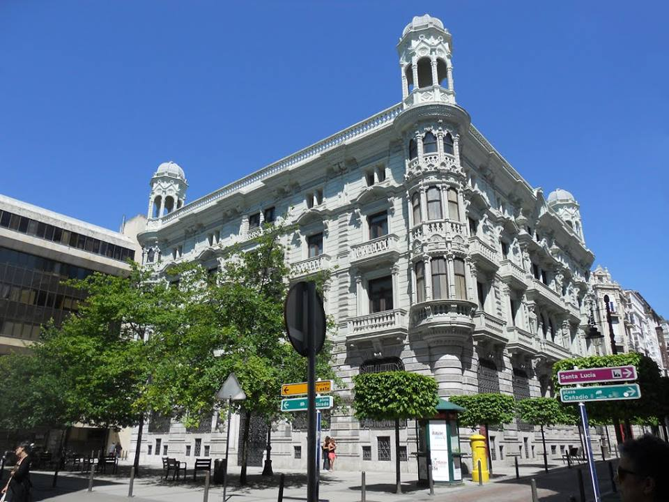 Yo trabaje en banesto oficinas banesto iii santander for Oficinas banco santander alicante