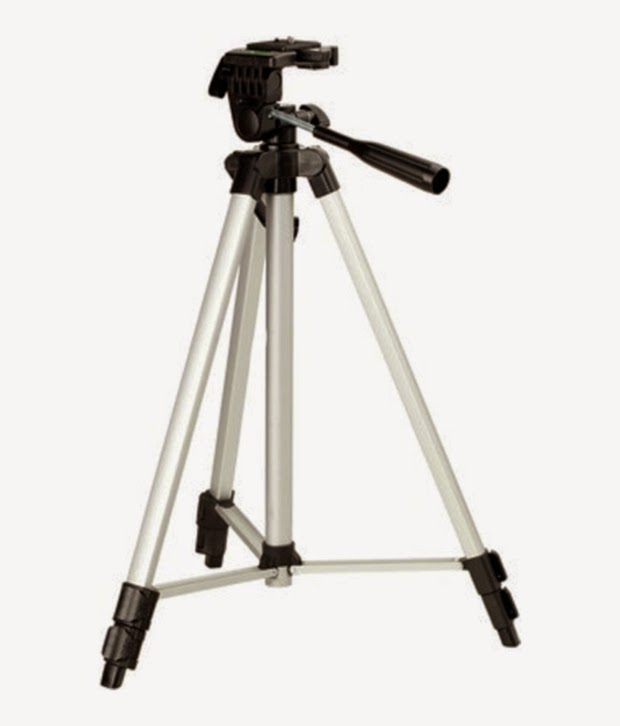 Snapdeal: BUy Simpex 333 Professional Tripod at Rs.585