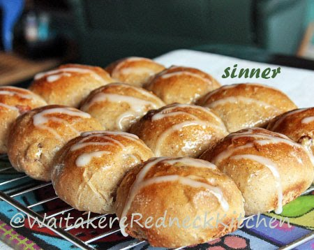sticky buns