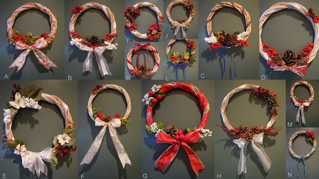 Sandy Toes Creations: Wicker Christmas Wreaths