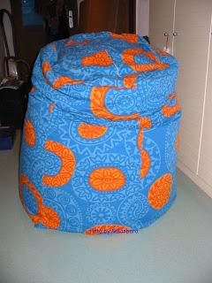 http://1.bp.blogspot.com/-qB2s0Luhk2A/TpQbeMbSBxI/AAAAAAAABtQ/T6SlynNogWo/s320/Sitzsack.jpg