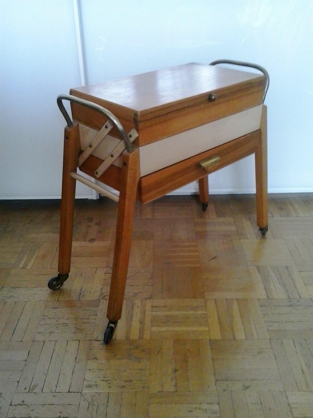 Area vintage dise o mueble auxiliar dise o a os 50 - Mueble anos 50 ...